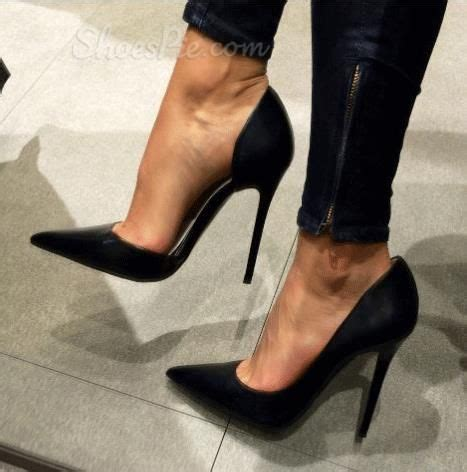Sandal Pria Goddness Arch Sintetis Black graceful wearing pointed toe heels products s and heels