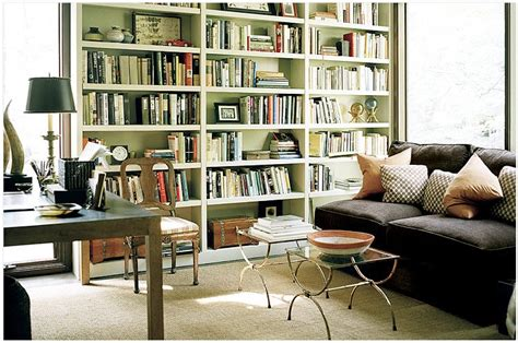 using a bookshelf to enhance your living room decor