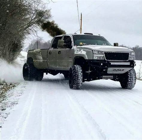 diesel jeep rollin coal best 25 chevy trucks ideas on lifted chevy