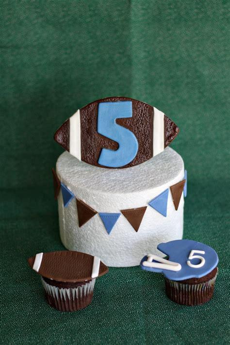 Football Cake Decorating Ideas by 25 Best Football Helmet Cake Trending Ideas On