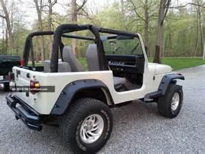 1995 jeep wrangler grande sport utility 2 door 2 5l