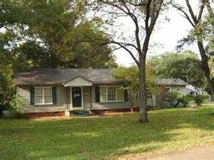 homes for in ms greenwood mississippi reo homes foreclosures in