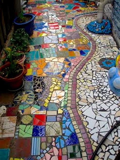 mosaic tile ideas 17 best ideas about mosaic tile crafts on pinterest