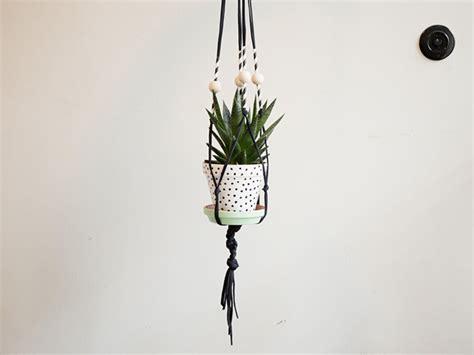 Fabriquer Un Pot De Fleur by Fabriquer Un Pot De Fleur 224 Suspendre En Macram 233