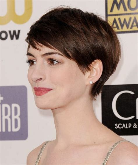 swept back casual haircust best 25 anne hathaway pixie ideas on pinterest anne
