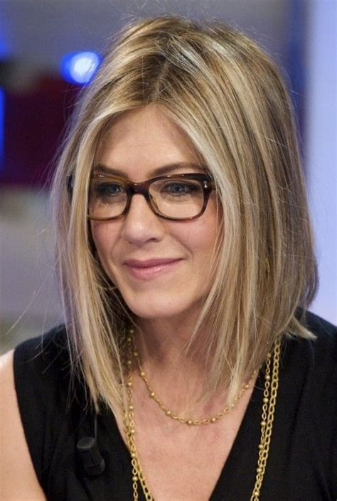 medium length hairstyles for necks neck length bob haircut jennifer aniston s hairstyles