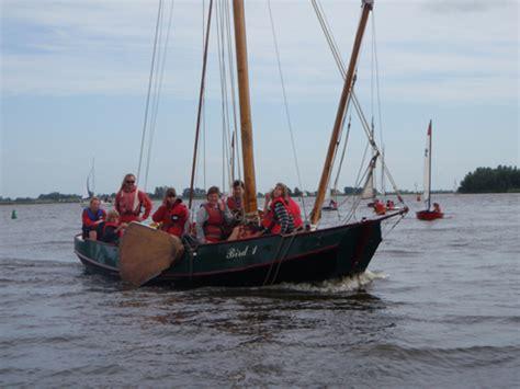 platbodem instructie the fleet of sailing school de bird
