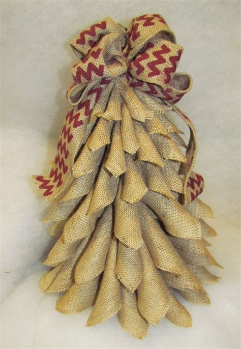 cutest little burlap christmas tree ever 171 rags n rhinestones
