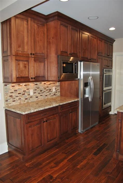 best 25 birch cabinets ideas on maple kitchen cabinets kitchen ideas maple