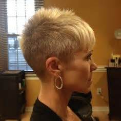 cut own hair with clippers for black w0men clipper cuts for women short hair