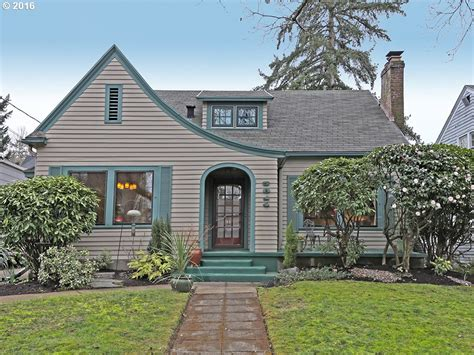 Cottage Style Houses For Sale by Cottage Style Homes For Sale In Portland Oregon