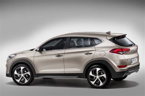 hyundai crossover 2016 2016 hyundai tucson revealed in europe
