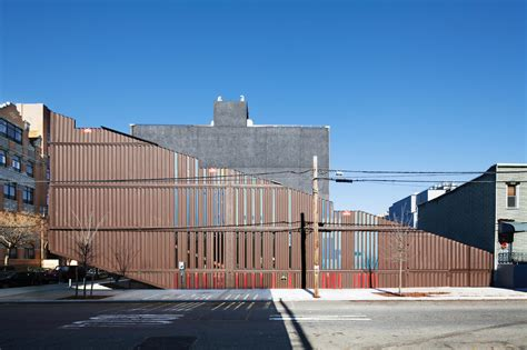 Container Wohnhaus by Wohnhaus Lot Ek In New York Living In A Container