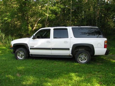 how to fix cars 2001 chevrolet suburban 2500 spare parts catalogs find used 2001 chevy suburban 4x4 2500 in wingdale new york united states