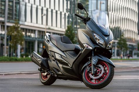 Motorrad Suzuki Burgman 400 by Suzuki Burgman 400 2017