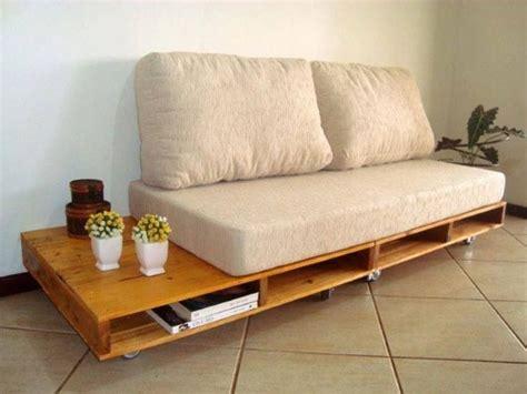 self build sofa 4 etapas para fazer sof 225 com paletes e madeira recicl 225 vel