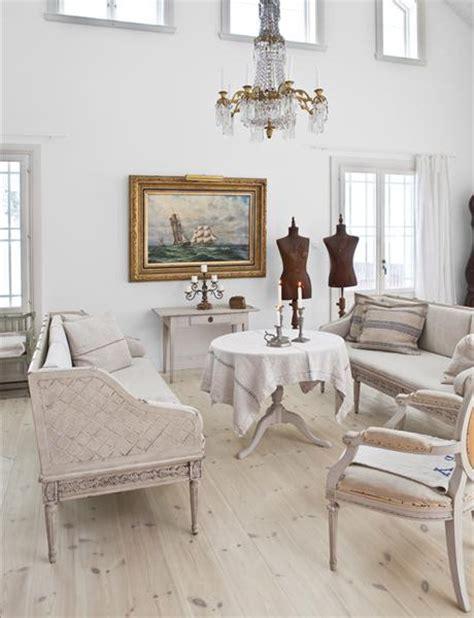 55 stunning swedish shabby chic design ideas the crafty frugalista