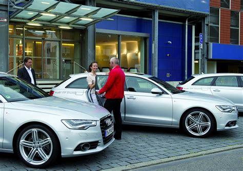 Audi H Ndler Ingolstadt by Audi Bietet Shuttle Service Zum Audi Forum Magazin Von
