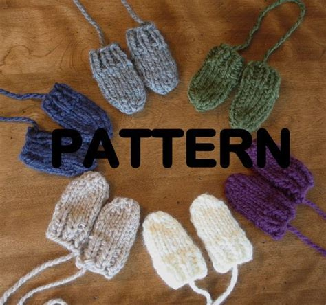 easy knit baby mittens 17 best images about knitting patterns on baby