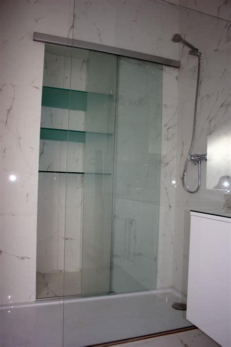 estanterias ducha foto detalle ducha con estanter 237 a interior de roomy