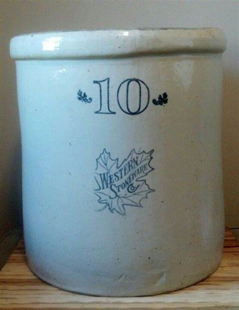10 gallon ceramic crock 10 gallon western stoneware co crock vintage stoneware