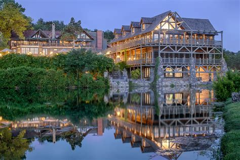 cing at table rock lake in branson mo top of the rock and big cedar lodge an undiscovered