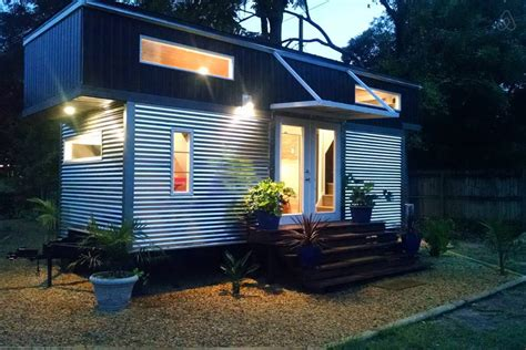 tiny houses for rent in florida alex and rosa s tiny house tiny house swoon