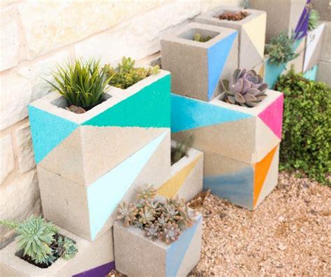 Garden Block Wall Ideas Cinder Block Garden Ideas Furniture Planters Walls And