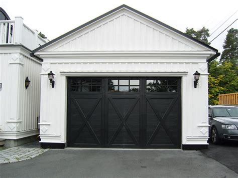 Exterior Garage Door Trim Best 25 Black Garage Doors Ideas On Pinterest Paint Garage Doors Garage Exterior And Garage