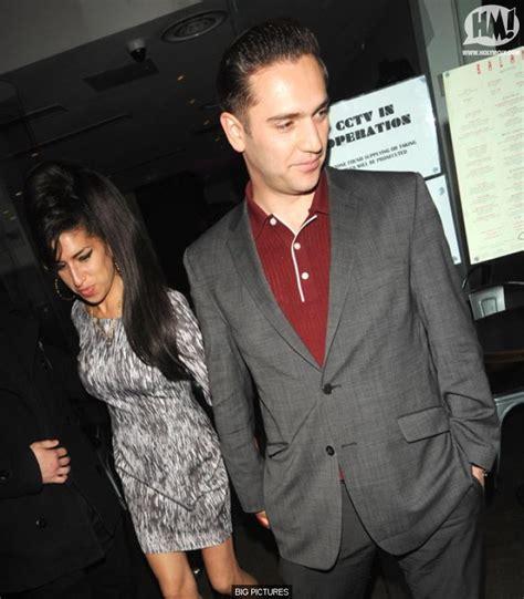 Winehouse Engaged by Randu Boto Winehouse Boyfriend