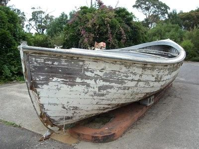 boat shop cowan pie in the sky cowan nsw australia landlocked boats