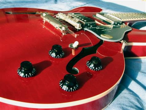 Es 335 Knobs by The Musician S Room Review Of Gibson Es 335 Dot