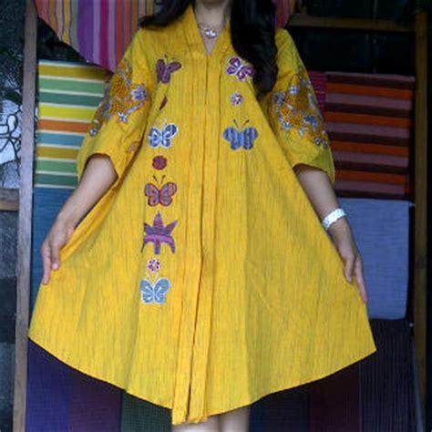 Kain Katun Lukis Kuning model baju dari kain tenun lurik kain tenun indonesia