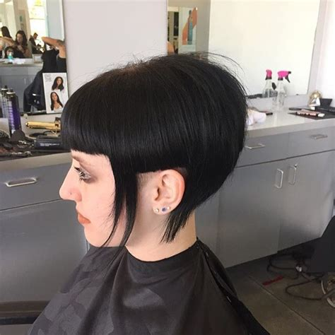 geometrical bob haircut 30 stacked bob haircuts for sophisticated short haired