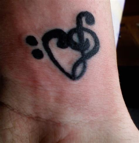 treble clef tattoo on wrist mi note thing on wrist tattoomagz