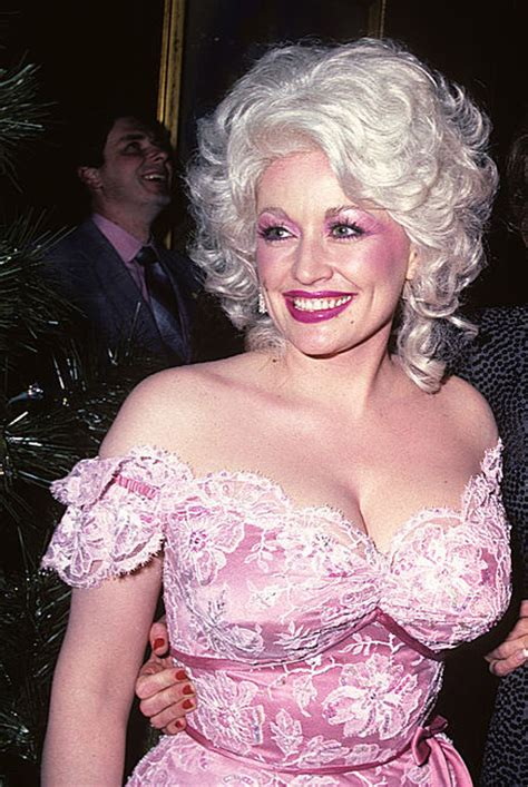 does dolly parton have tattoos 10 facts you never knew about dolly parton
