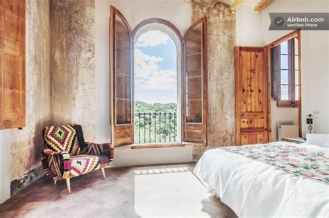 7 of the absolutely coolest airbnbs in the bay area 9 of the best airbnbs in barcelona away on vacation