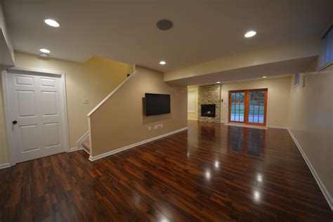 Ideas For Basement Floors Basement Laminate Ideas Basement Masters
