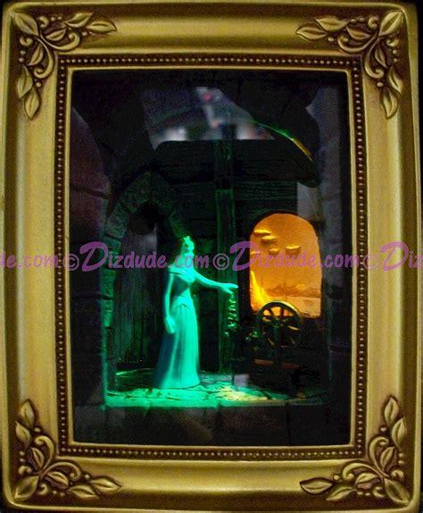 Disney Light Box dizdude olszewski studios gallery of light box