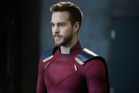 1 El New cw supergirl dc tv spoilers chris wood as mon el finally dons classic costume with legion of