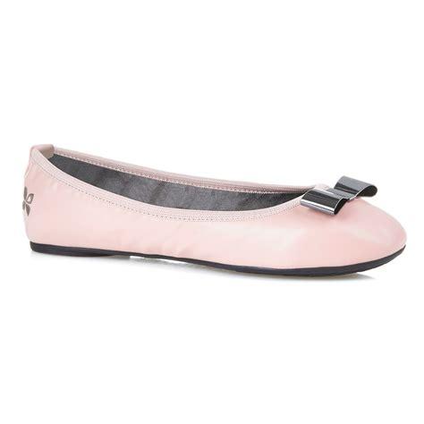 Balet Twist Flat Shoes butterfly twists ballerina shoes in pink lyst