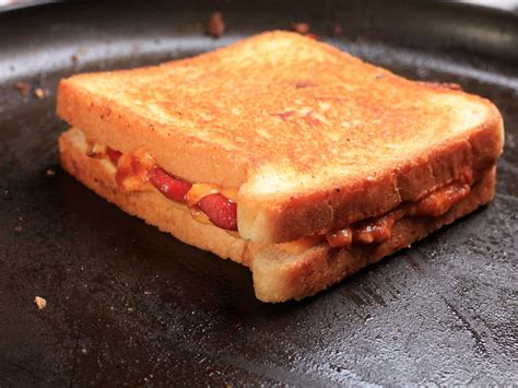 dogs and cheese gallery the of the grilled cheese plus 20 variations to shake things up