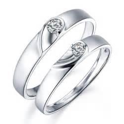 Redneck Wedding Ideas Perfect Matching Couple Wedding Bands Rings With Rings Couple Rings Couples Satin Finish