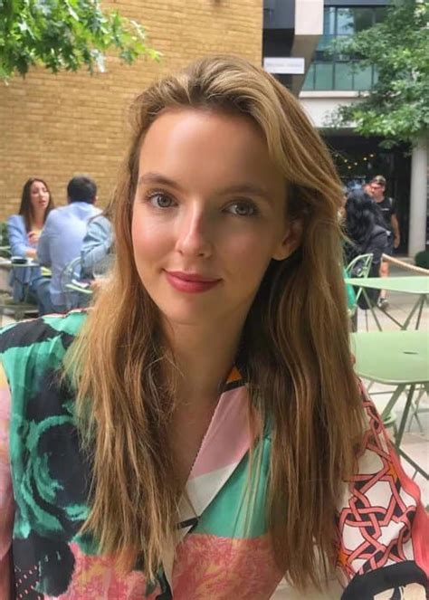 killing eve actress jodie comer accent jodie comer height weight age body statistics healthy
