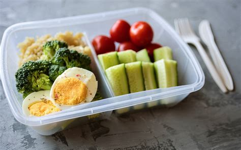how to pack a healthy lunch duke today
