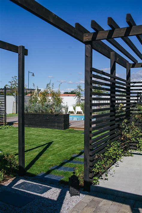 pergola privacy fence pergola privacy walls black fencing helt enkelt