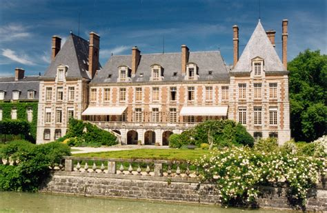 chateau homes file courances chateau cote jardin 01 jpg wikimedia commons