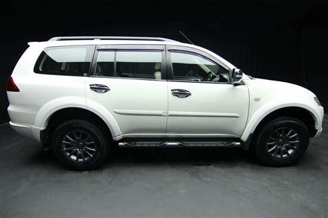 mitsubishi pajero sport 2012 2012 mitsubishi pajero sport 2 5 gt a t second cars