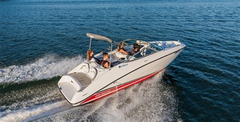 best runabout boat 2017 10 best power boats of 2018 boat