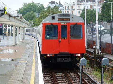 london by tube over 1785031503 von stellwerken und anderen maschinen london underground und overground 2013